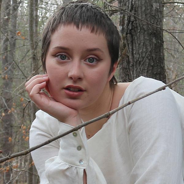 Melanie Cox headshot